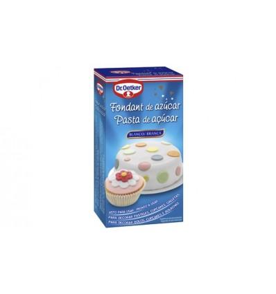 Dekoration für Fondant-Zuckerkuchen Dr Oetker